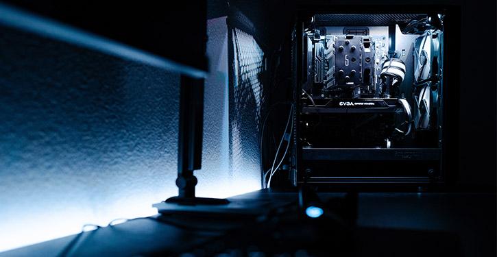 Komputer stacjonarny do 3000 zł powinien już mieć odpowiednią wydajność oraz wygląd.