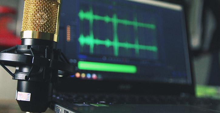 Mikrofon do komputera – jaki mikrofon wybrać do komputera? Ranking mikrofonów do nagrywania 2021