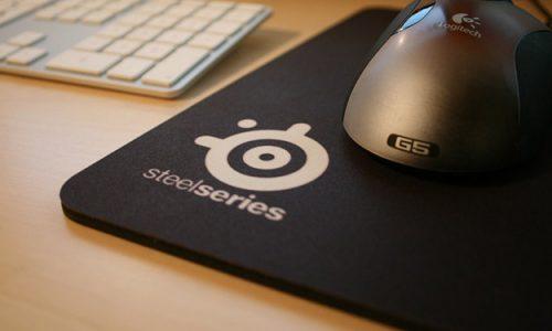 Podkładka pod mysz gamingową może dać przewagę nad naszym przeciwnikiem w postaci szybszego czasu reakcji.
