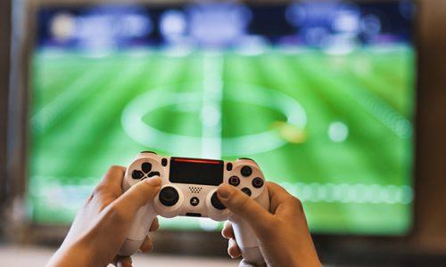 Jaki telewizor do konsoli wybrać i kupić? Poznaj nasze porady!