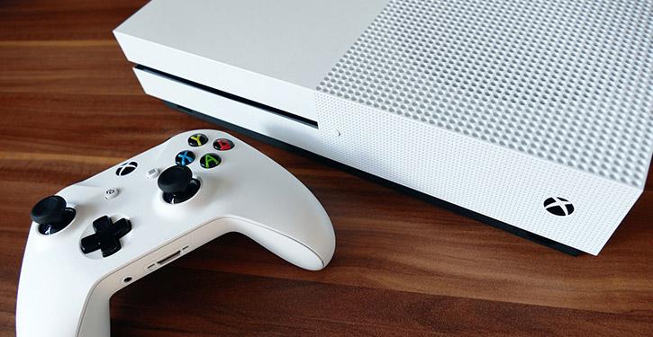 Jaki Xbox One wybrać? Xbox One S czy Xbox One X? Jaki model jest najlepszy? Ranking 2021!